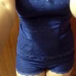 a hot girl wearing a sexy short (5)