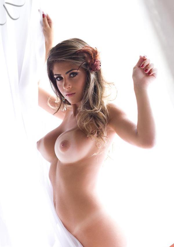 naked boobs of beauty