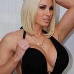 necklace btween sexy boobs ever (15)