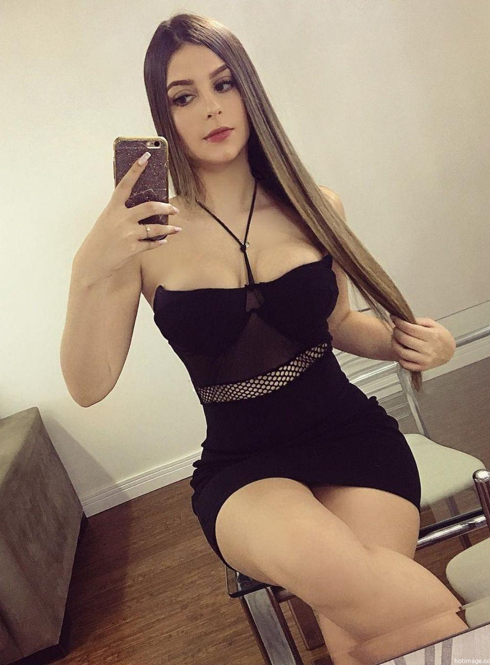 sexy lady show nice cleavage