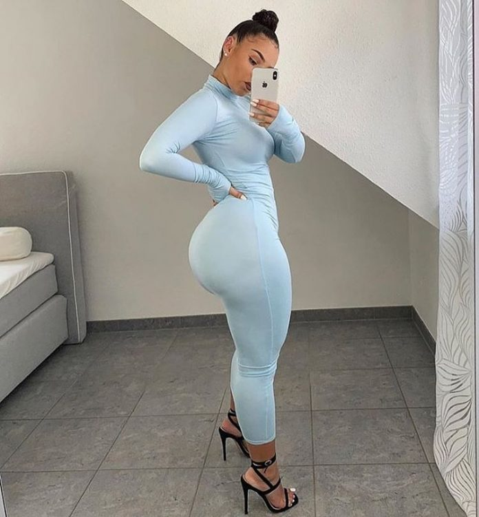 stunning curvy woman