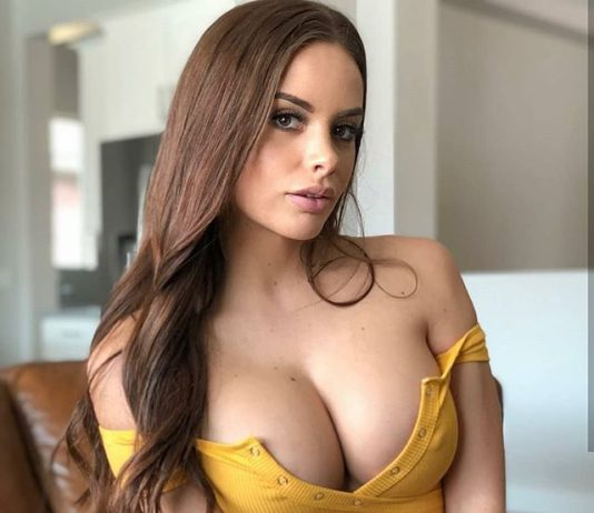 Sexy Cleavage in Yellow Dress