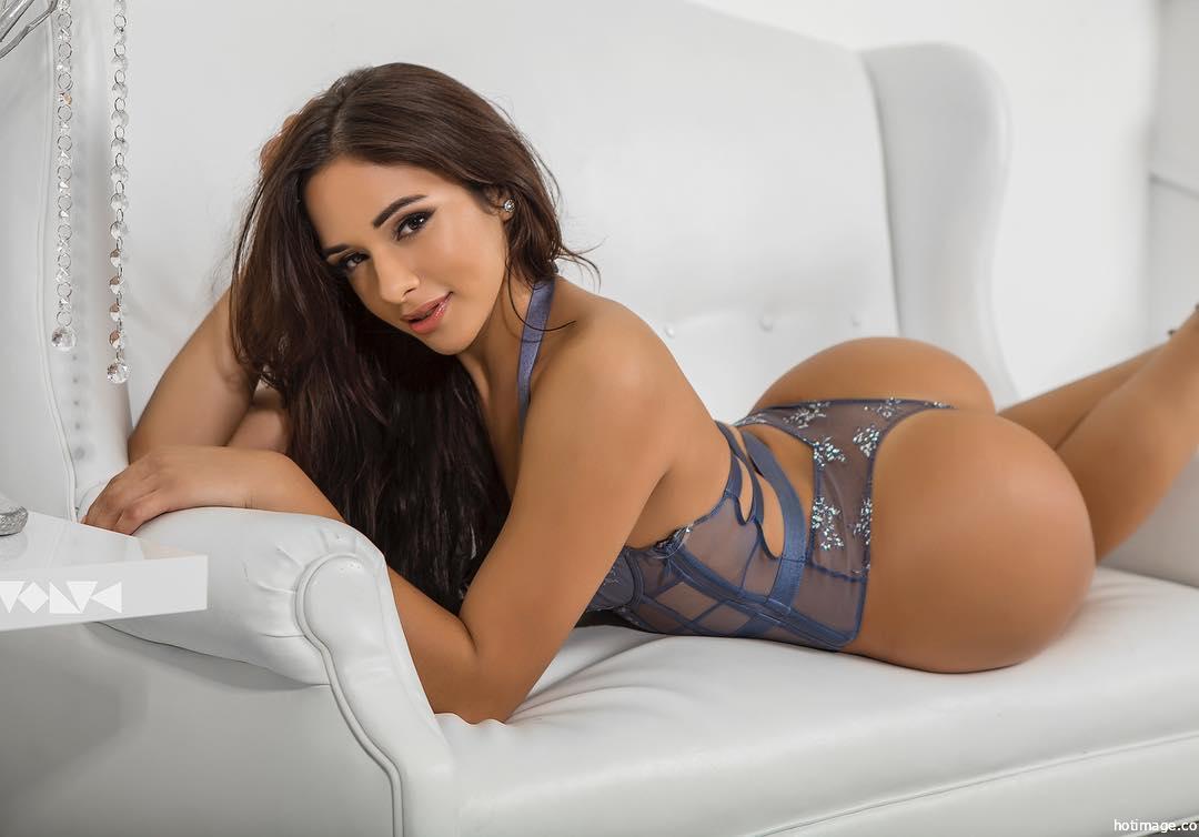 Sexy Model Ashley Ortiz